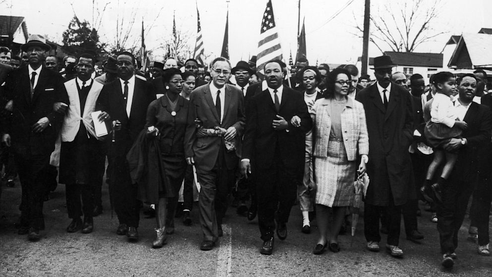 GTY_martin_luther_king_nt_130823_16x9_992